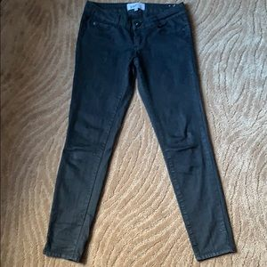 Jolt Black, Skinny, Low rise jeans, Size 7.